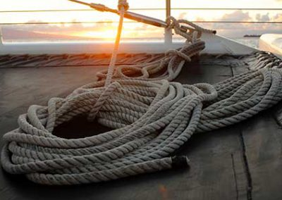 sunset-cruise-cape-town-rope